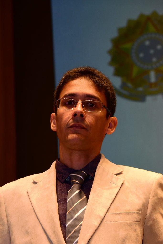Descrição: http://www.cauma.gov.br/wp-content/uploads/2016/05/raimundo-683x1024.jpg